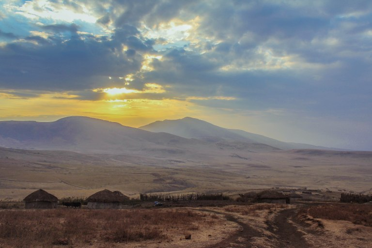 Ngorongoro Crater, Arusha, Tanzania – 17:06; 28 September, 2015 Canon EOS 60D Canon EF-S 18-55mm f/3.5-5.6 IS